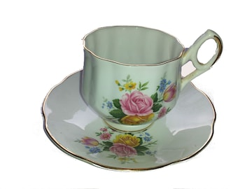 Free Shipping on Vintage Royal Dover China Bone China Teacup and Saucer , Serving