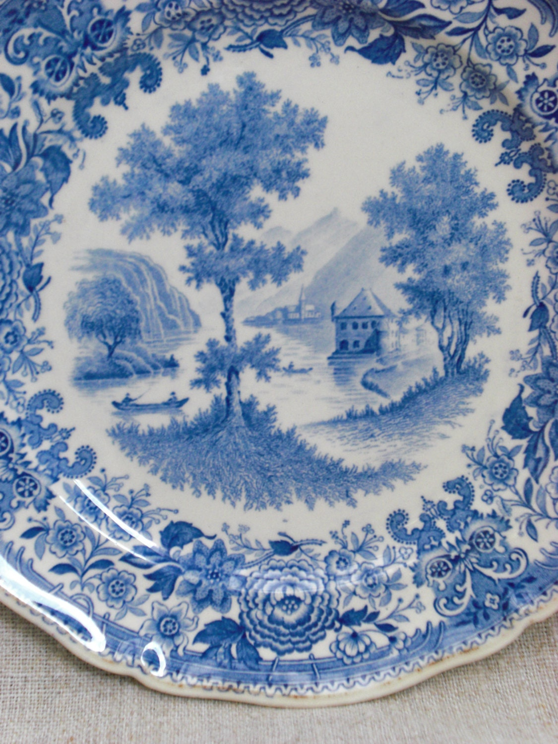 Boch New To You >> Antique Villeroy & Boch Burgenland plate blue white