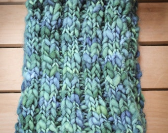 Deliciously thick and cozy scarf.