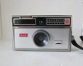 Vintage Kodak Instamatic 104 Film Camera