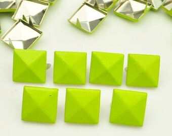 50X 12mm bright yellow Square Pyramid Spike Rivets Studs Spot Metal Matte Finish For Diy Phone Case Leathercraft material(2 claws)