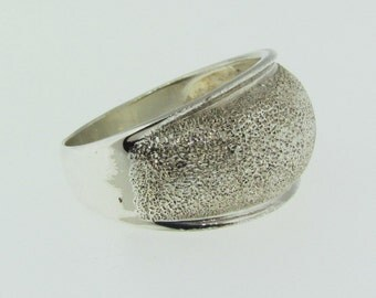 Sterling Silver textured ring size 7.75