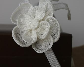 Margarita headband with sinamay flower