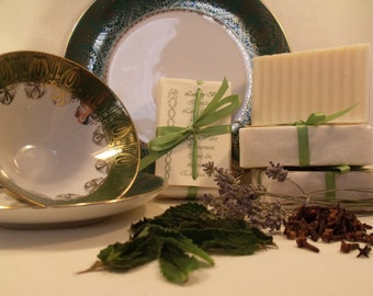 Luxury Soap Bar Spa-Like Lavender Peppermint Cloves Creamy Rich Lather Luxurious Fragrance Hand-Crafted All-Natural