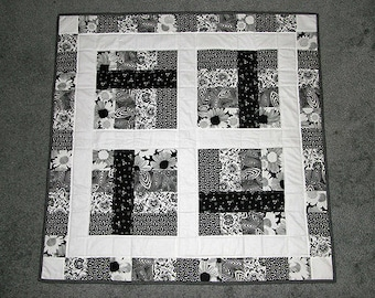 Boxed Ribbon Baby Quilt Pattern