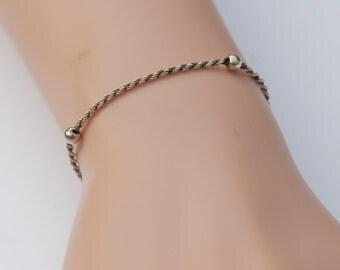 Fine Vintage Silver Bracelet with fine detailing.  Hallmarked