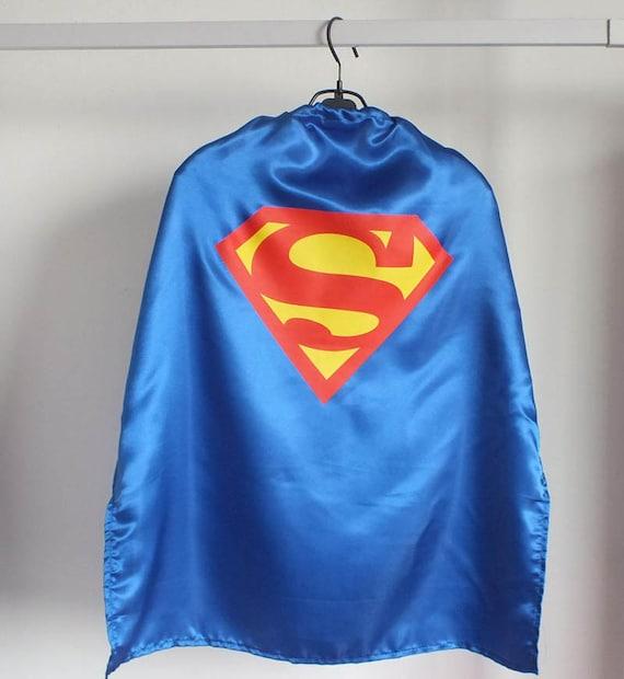 70cm cape de super h ros pour enfants superman bleu par kidscape. Black Bedroom Furniture Sets. Home Design Ideas