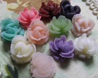 30pcs Resin flower cabochon for Pendant Charm Craft Jewelry.