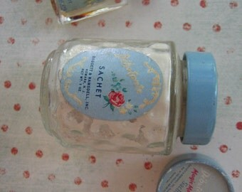 Vintage Debutante Collection Toilet Water and Sachet Magic Moment Daggett and Ramsdell 1950's