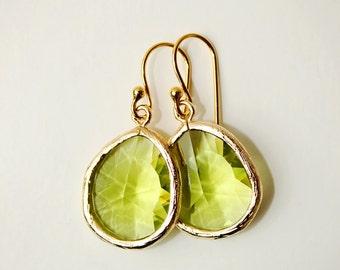 Greenery Earrings Color of the Year Crystal Drop Earring Gold Earrings Dangle Earrings Bridesmaid Earrings Light Green Earrings Fall Earring