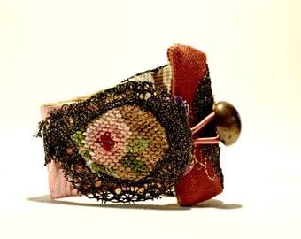 Fabric Cuff, Textile Bracelet, Cuff Gold, Gypsy Cuff Bracelet, Fabric Wrist Cuff, Ethnic Jewelry, Gypsy Jewelry, Textile Jewelry