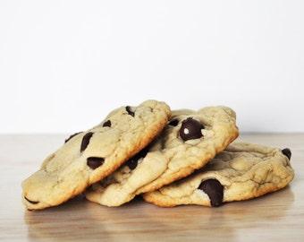 Chocolate Chip Cookies | One Dozen!