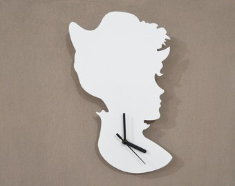 Old Fashioned Lady Vintage Silhouette - Wall Clock