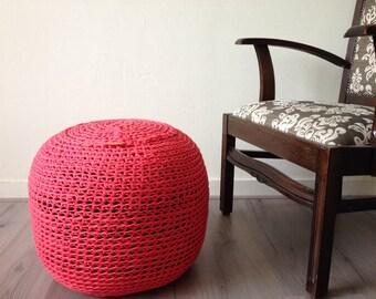 Pouf-Crochet pouf zpagetti coral red