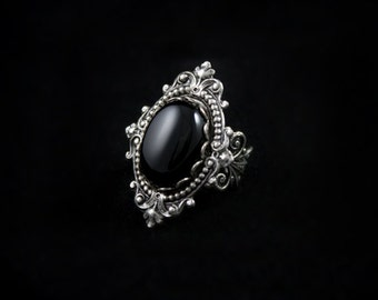 Onyx Gothic Ring - Adjustable Victorian Ring