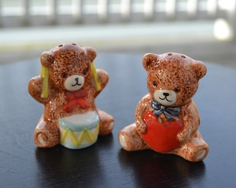 Teddy Bears Salt and Pepper Shakers, Heart and Drum