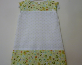 White and green baby dress, size 12 months