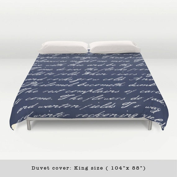 housse de couette bleu marine criture po me bleu marine et. Black Bedroom Furniture Sets. Home Design Ideas