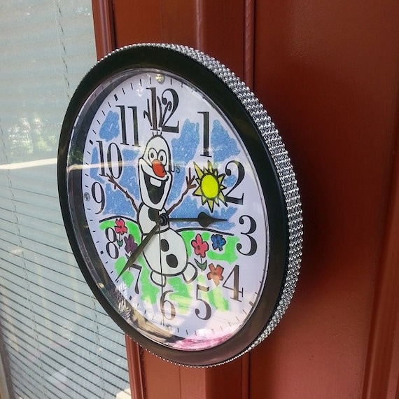 Frozen,Disney,Olaf Wall Clock. 9.68 IN Hand Drawn Hand Painted