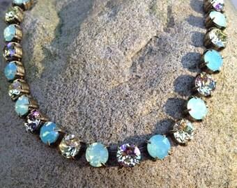 Gorgeous swarovski crystal necklace