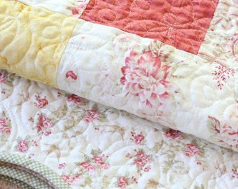 Lovely Scalloped Edge Floral Bed Cover