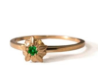 Emerald Flower Ring - 14K Gold and Emerald engagement, emerald leaves ring, Engagement band, engagement ring, wedding band, May Birthstone