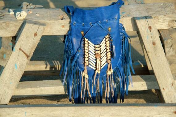 bolso de cuero y flecos, bolso boho, bolso de piel azul, mediano