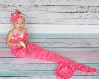 Bubble Gum color, Mermaid Crochet photo prop set, Newborn to teen,Photography Outfit, Handmaid Boutique, mermaid Costume