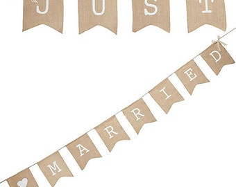 Vintage Style Just Married Bunting with Lace Edged Ribbon