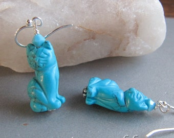Turquoise Howlite Siamese Kitty Cat Earrings by Cornerstoregoddess