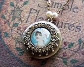 Vintage Style Locket Necklace, Photo Locket, Vintage Locket Pendant, Vintage Inspired Keepsak, Locket Necklace - 4047
