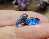Light Sapphire, Vintage T...
