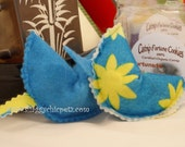 Organic Catnip toys, Blue with yellow flower and Solid Blue Fortune Cookies in Box, set of 2