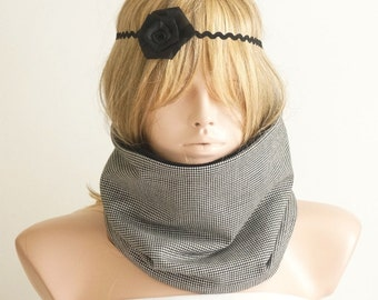 Houndstooth Wool Black and White  Scarf, Neckwarmer, reversible