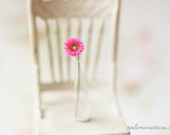 Dollhouse Miniature Flowers - Mini Gerbera Daisy in Fuschia
