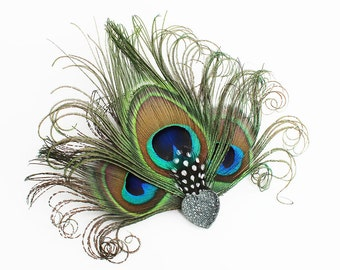 Peacock Feather Fascinator - Heart Hair Accessory - Bridesmaids Head Piece - Hair Clip - Girls Dance Costume Accessory - Great Gatsby