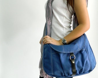 Back to school  SALE 25% //Claire in Blue messenger bag / Diaper bag /shoulder bag /  Tote / Purse / Handbag/ Cross body / Women / For her