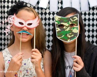 Masquerade Printable PHOTO BOOTH PROPS - Editable Text  >> Instant Download | Paper and Cake
