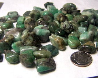 50 carats Emerald - genuine Raw Emerald Brazil - tumbled polished natural pieces - chip -  wire wrap supply - random selection 10 gram