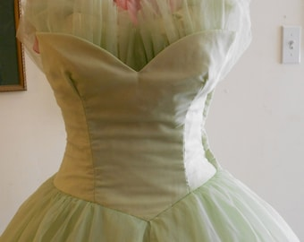 """1950's, 32"""" bust, pistachio green prom gown."""