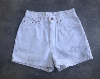 The Vintage High Waisted White Levi's Shorts