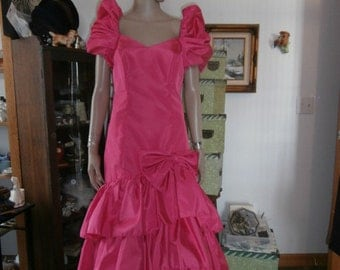 Vintage 60s70s Hot  Pink Formal Built in  Crinoline Evening  Gown Dress Small