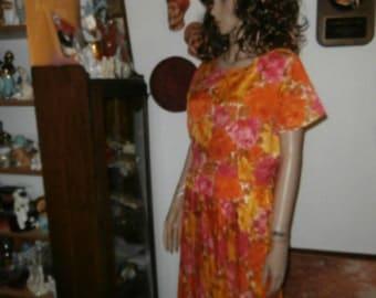 Womens  Dress - Floral /Pleated Dress- Louisa Alcott- Union Made- Womens  Vintage  Dress