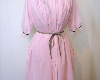 Vintage 50s 2 pc Penoir Set - 1950s Pink Chiffon Negligee and Dressing Gown with flower aplique - on sale