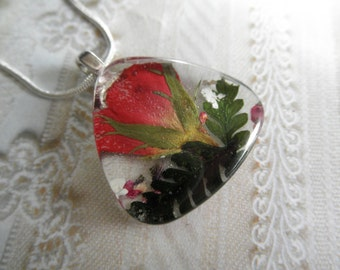 Red Rosebud,Queen Anne's Lace,Heather Pressed Flower Glass Triangle Pendant-Symbolizes True Love-Gifts For 25-Nature's Art