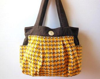chibi. Standard Tote - yellow (M)
