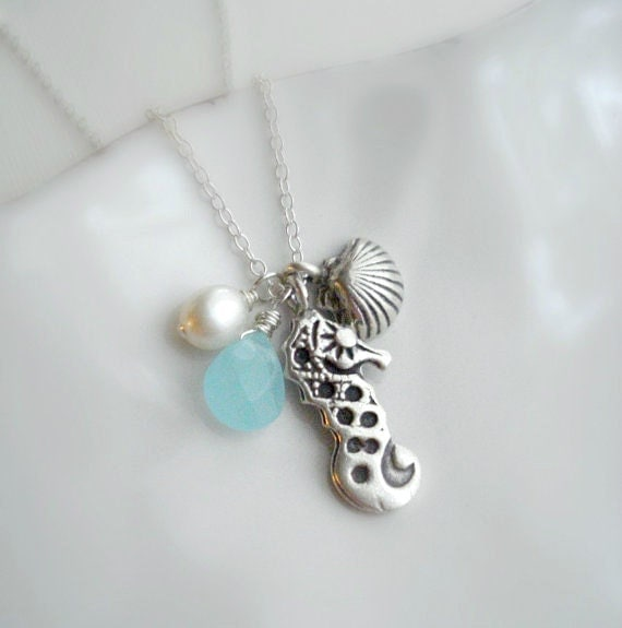 Seahorse Pendant Necklace In Sterling Silver. Beach Necklace. Mediterranean Necklace, Seashell, Charm, Beach Wedding