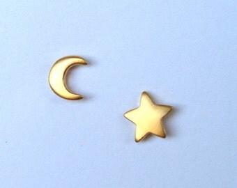 Tiny Star Earrings Moon Earrings Sterling Silver Moon Star Earrings  sterling silver Rose Gold Everyday Earrings Moon Star Birthday gift