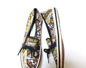 Vintage Keds / 60s Lace Up Flats / 1960s Anti-War Vietnam Canvas Tennis Shoes / Size 6.5 6 1/2 7
