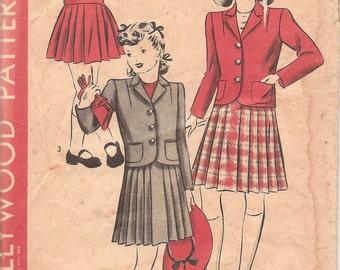 1940s Girls Preppy Pleated Skirt & Jacket - Vintage Pattern Hollywood 1181 - Size 8